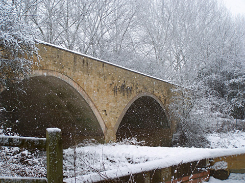 Halford Bridge in winter